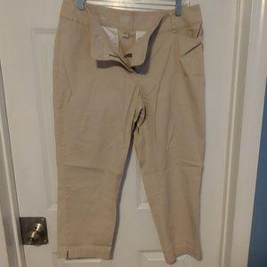 3/$15 Ann Taylor Loft Cropped Pants - Size 10